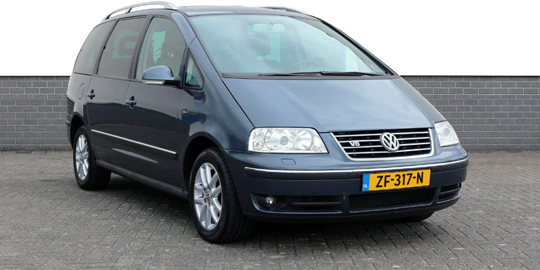 VW Sharan 2.8 V6 Higline aut 143.491 km 6p Vol opties BTW-auto 2004