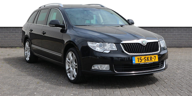 Skoda Superb Combi 2.0 TSI DSG Elegance BL 116.246 km Vol opties 2011