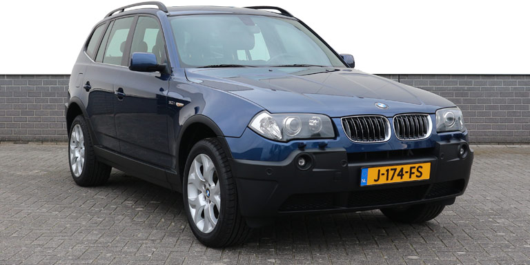 BMW X3 3.0i A High Executive 167.582 km CH import 2004